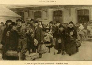 Arrivée à la gare d'Evian des trains de réfugiés pendant la première guerre (L'illustration)