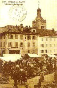 Le marché, (actuelle place Charles de Gaule