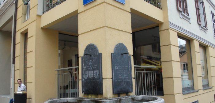plaque et fontaine commémoratives Amédée V