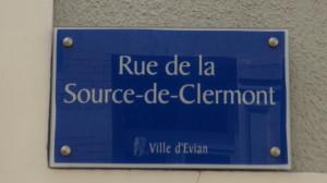 rue de la source de Clermont Evian plaque de rue